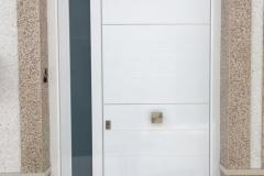Puerta de seguridad Blanca en Coín